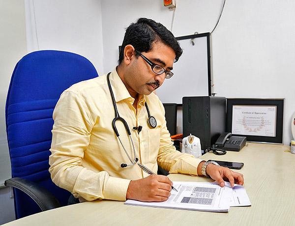 DR.SIDDHARTHA MANI